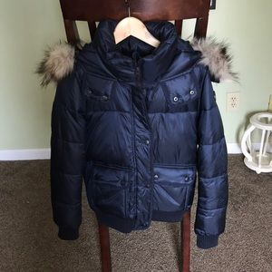 Abercrombie & Fitch puffer. Removable fur trim.